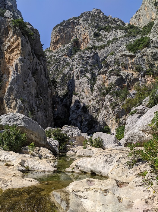 ゴロップ峡谷左側 サルディニア ヨーロッパハイキング